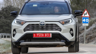 Permalänk till:SUV med fyrhjulsdrivning för den miljömedvetne