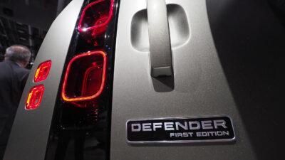 Permalänk till:The Defender has landed